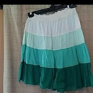 Old navy skirt ISO (in seach of!!!)